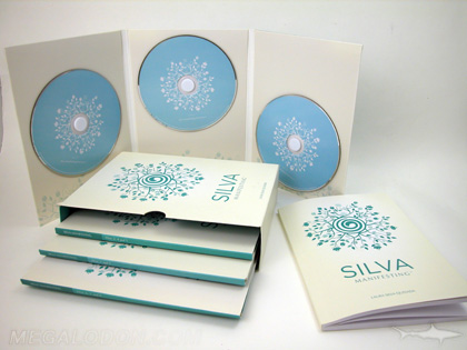 3 cd jacket, multidisc set with volumes in slipcase, foam hubs and brochures