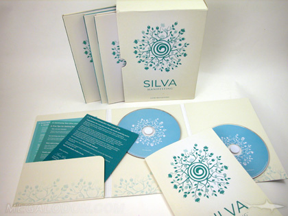 Multidisc set with volumes in slipcase, foam hubs and brochures