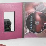 Die cut window in DVD Digipak