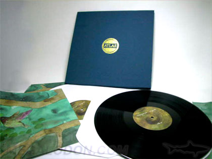 Linen wrapped box set for vinyl collection